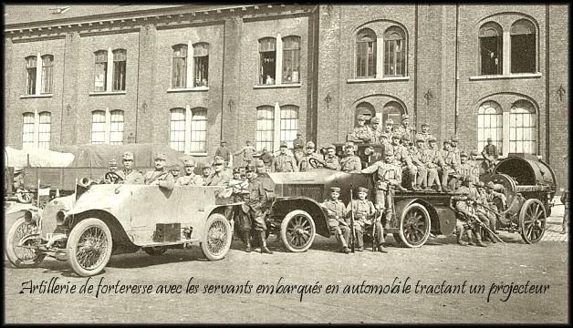 site 1914 Sept bruxelles ensemble de projecteur motorisé pour l'artillerie autrichienne