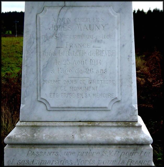 site monument  à Jules Mauny