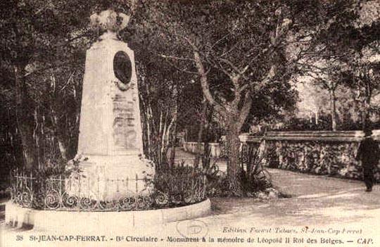 ws monument 1911 à la mémoire de Léopold II