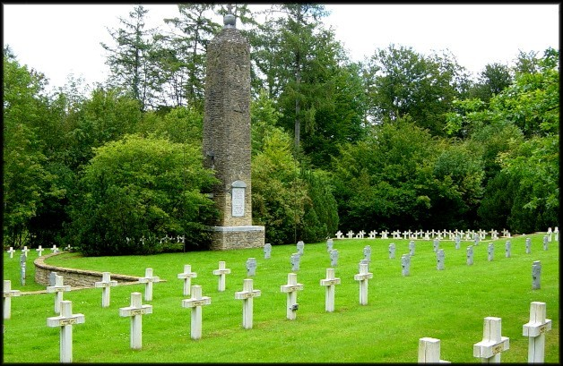 site bellefontaine cimetière avec le monument 003