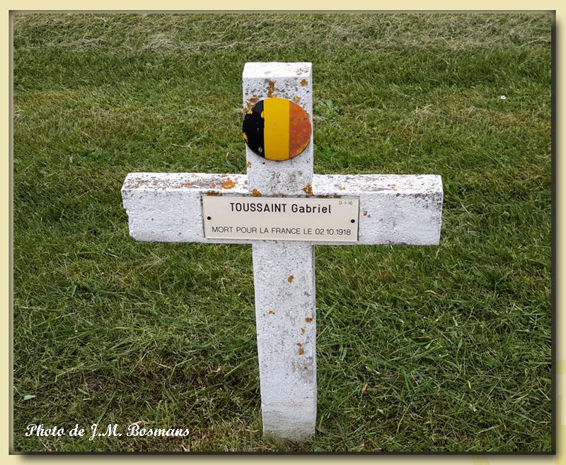 sépulture de Gabriel Toussaint villerbanne photo de JM Bosmans