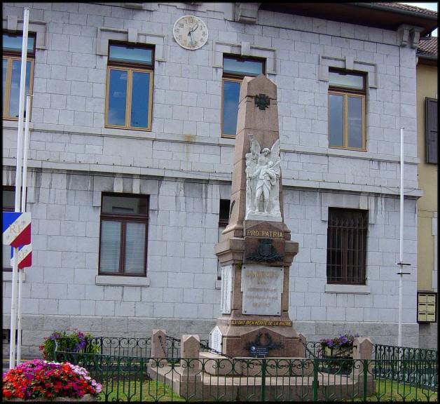 site faverges et son monument aux morts
