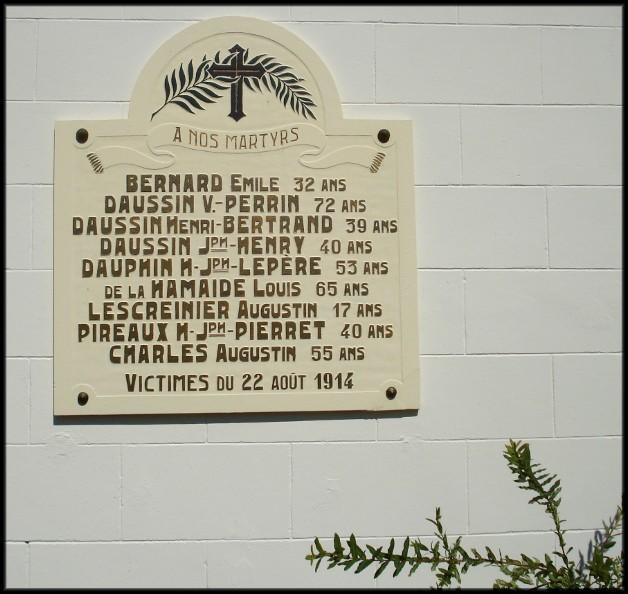 site  plaque commémorative des civils tués le 22 aout 14