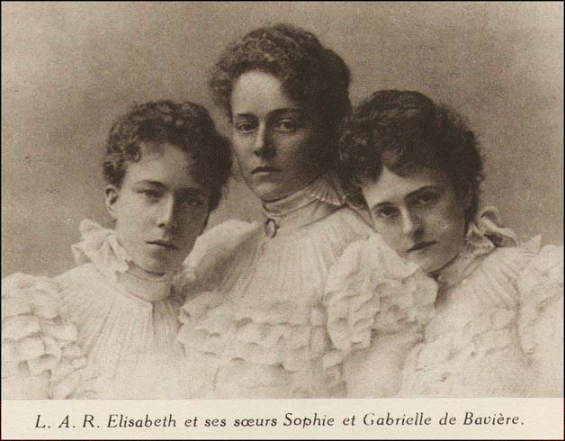 site so be reine  elisabeth avec ses soeurs