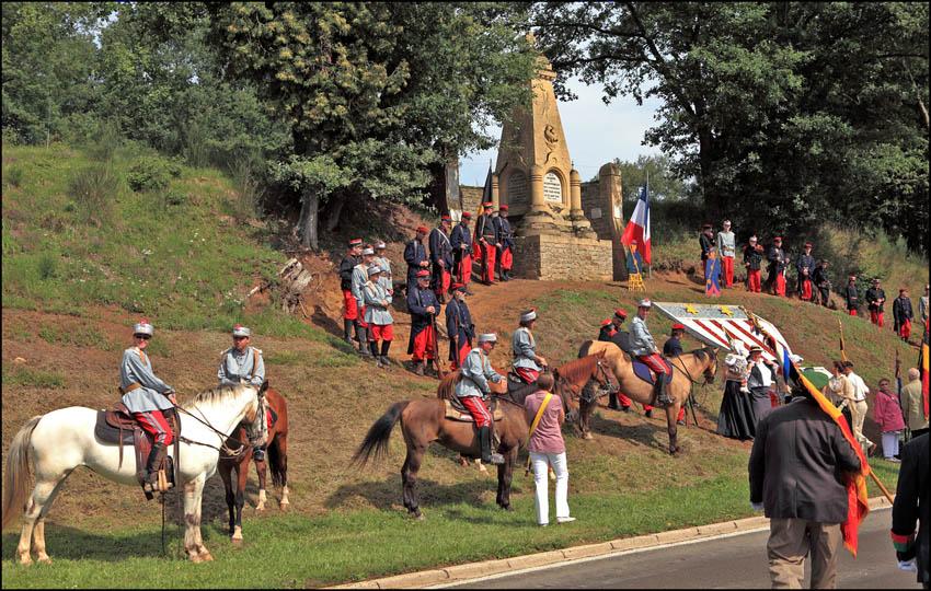 site so ethe monument 2011 hussards  tout en couleur