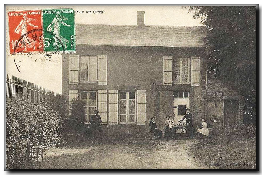 site so be be grand hez maison du garde 1919