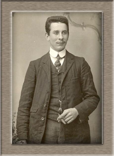 ws portrait de Joseph Body en jeune homme