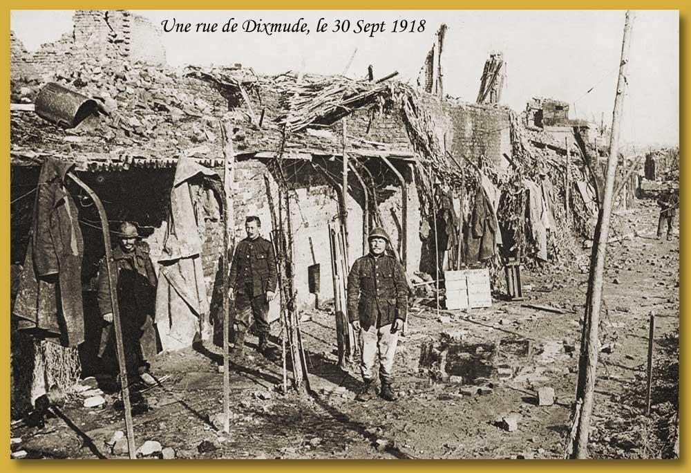 site me be 1918 30 SEPT DIXMUDE SOLDATS BELGES DANS UNE RUE DE LA VILLE(16x20) copie