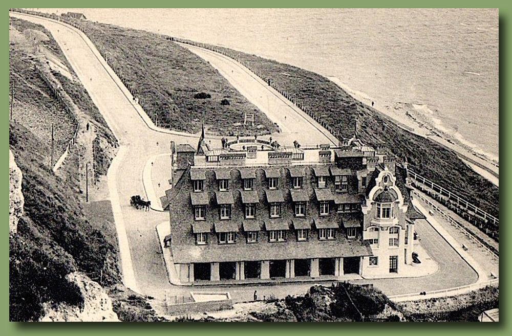 site to fr hostellerie normande vue arrière de la falaise