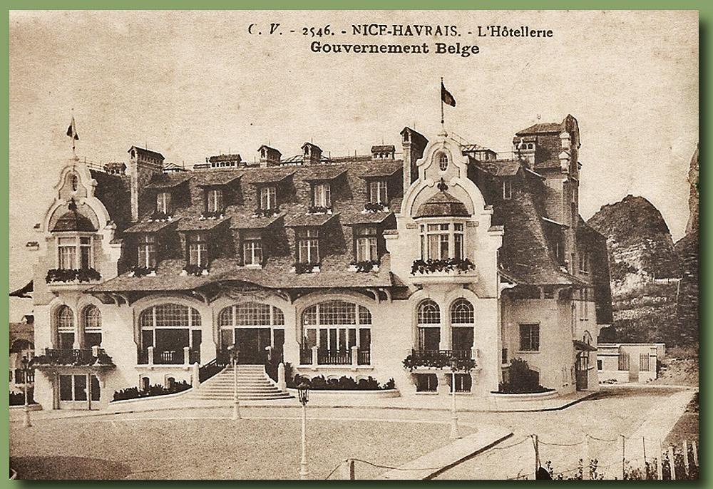 site to fr hostellerie normande vue facade théatre des réun minist