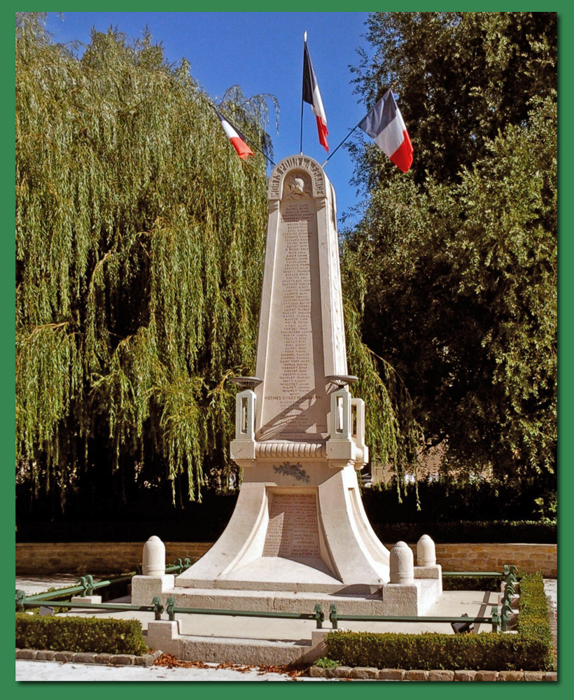 site to fr monument mouzon