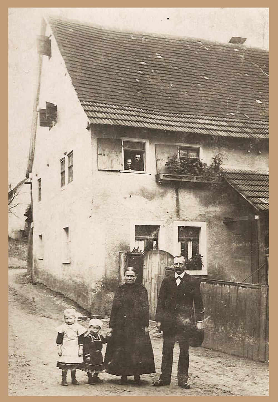 site to be bra Ferme de travail 1918 (les propriétaires de la ferme)