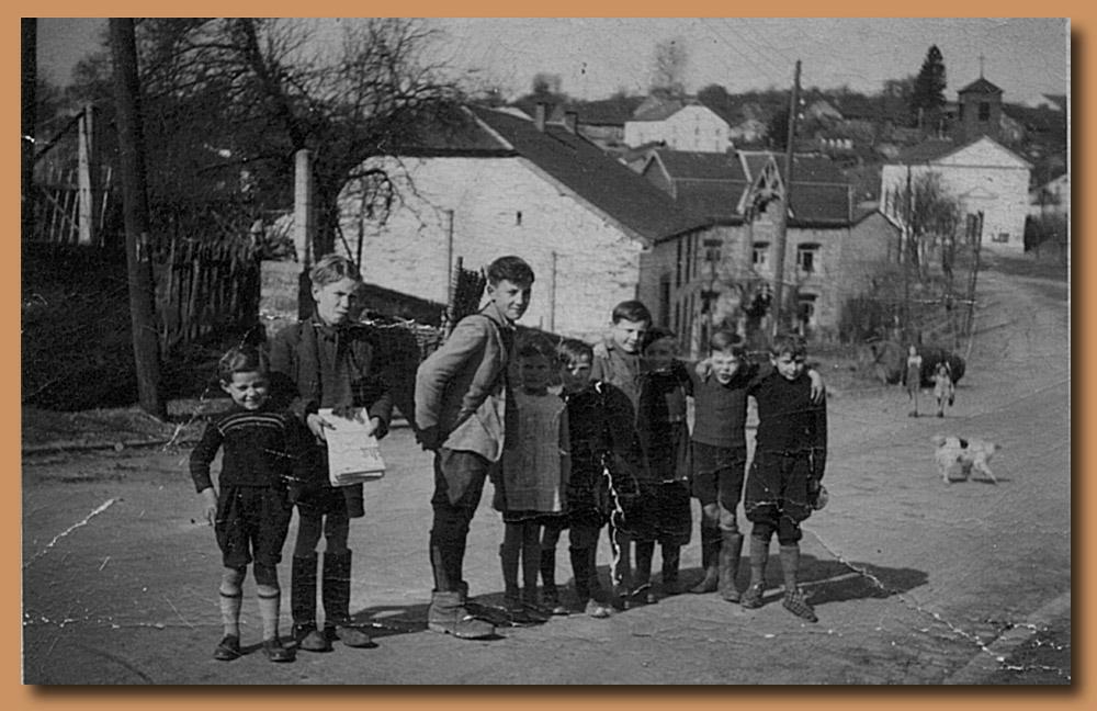 site to be groupe de jeunes à Auby année +-1965
