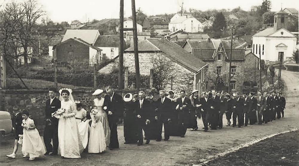cortège du mariage en 1958 d'andrée et auguste nemry