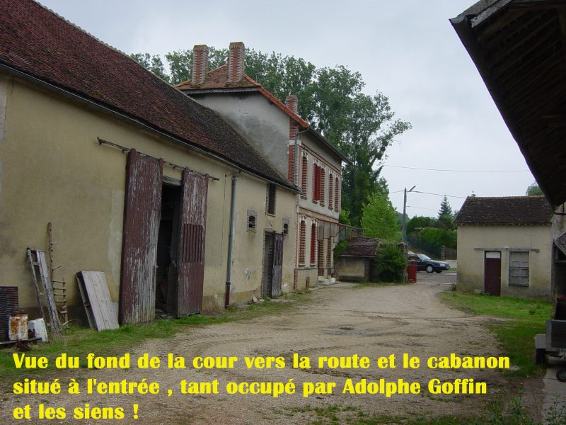 043-interieur-de-la-cour-copie