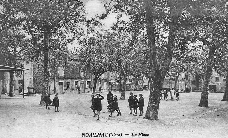 site-to-fr-noailhac-la-place-ses-gosses