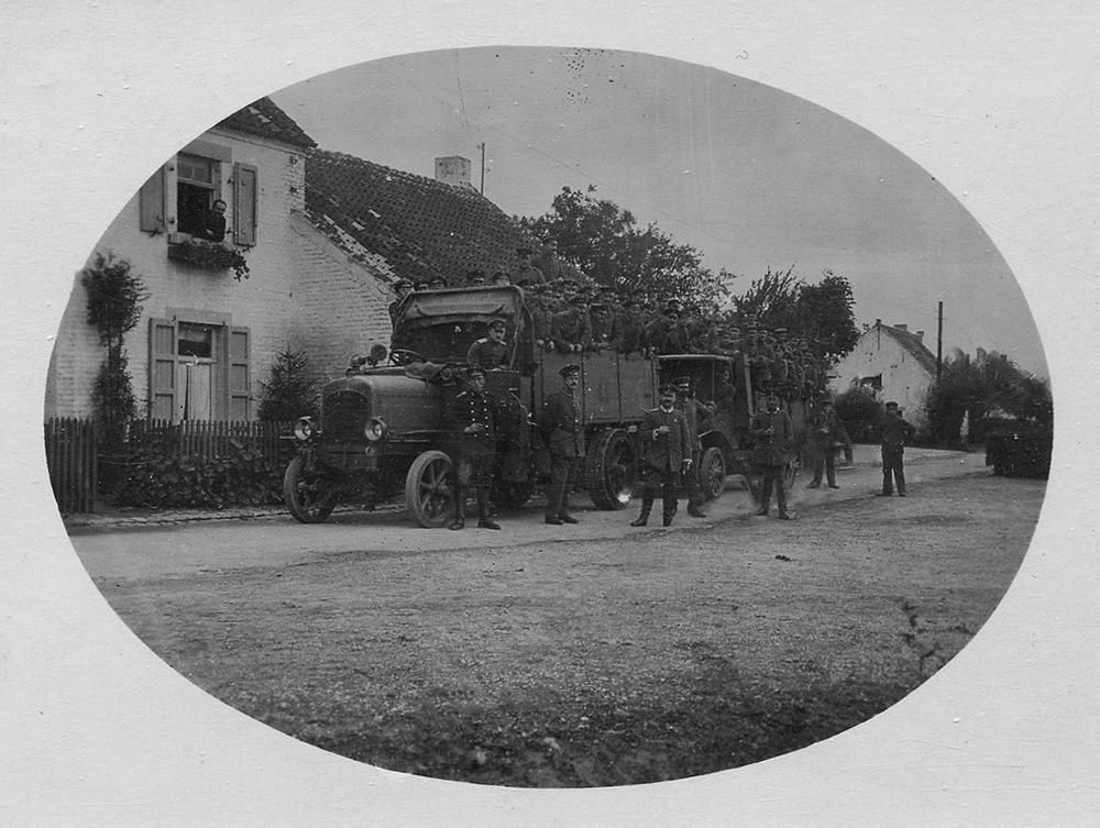 cognelée camions allemand équipages zepp