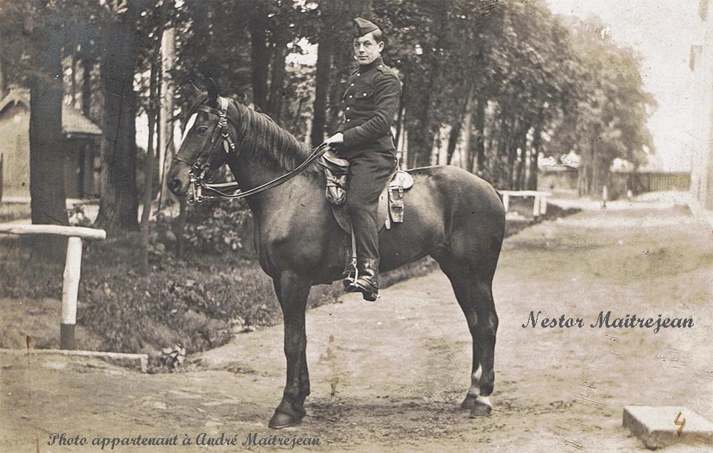 asu Nestor à cheval artilleur