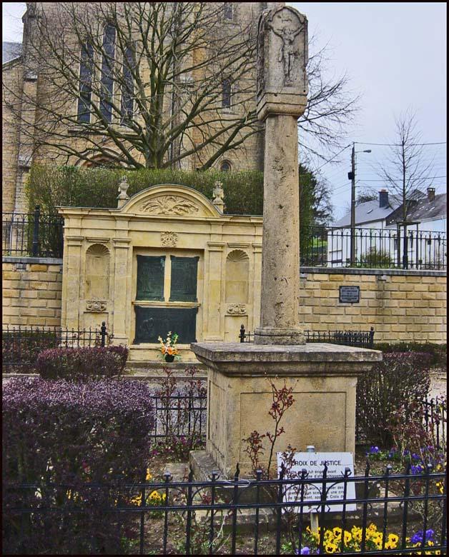so be musson monument devant l'église